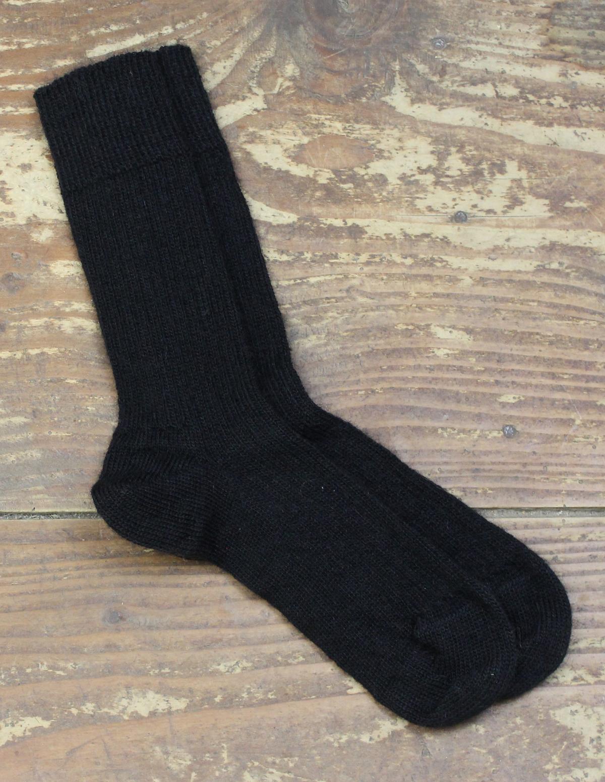 Chaussettes-fines-Mohair-Noir-1-Une-Ferme-a-la-Bassette