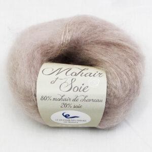 Pelote-Mohair-et-Soie-GREIGE-1-Une-Ferme-a-la-Bassette