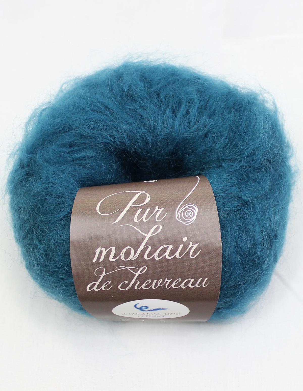 Pelote-Pur-Mohair-COL-VERT-1-Une-Ferme-a-la-Bassette