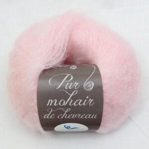 Pelote-Pur-Mohair-ROSE-POUDRE-1-Une-Ferme-a-la-Bassette