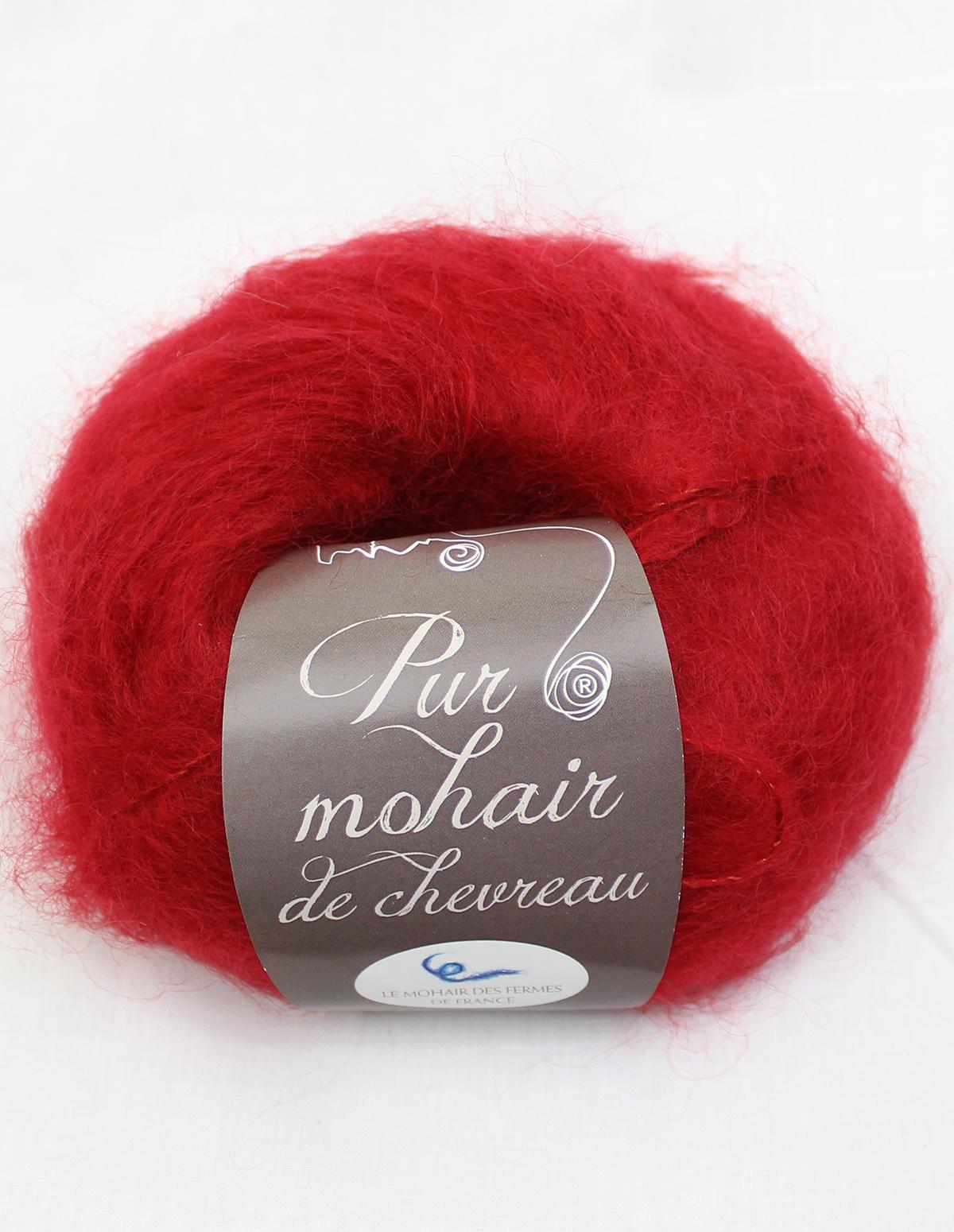 Pelote-Pur-Mohair-RUBIS-1-Une-Ferme-a-la-Bassette