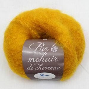 Pelote-Pur-Mohair-SOLEIL-1-Une-Ferme-a-la-Bassette