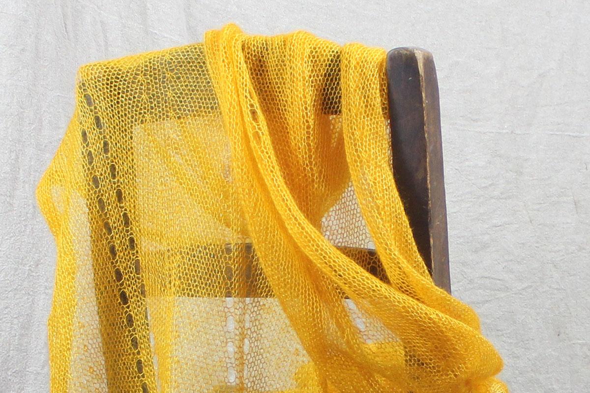 echarpes-mohair-tricotees-fines-une-ferme-a-la-bassette