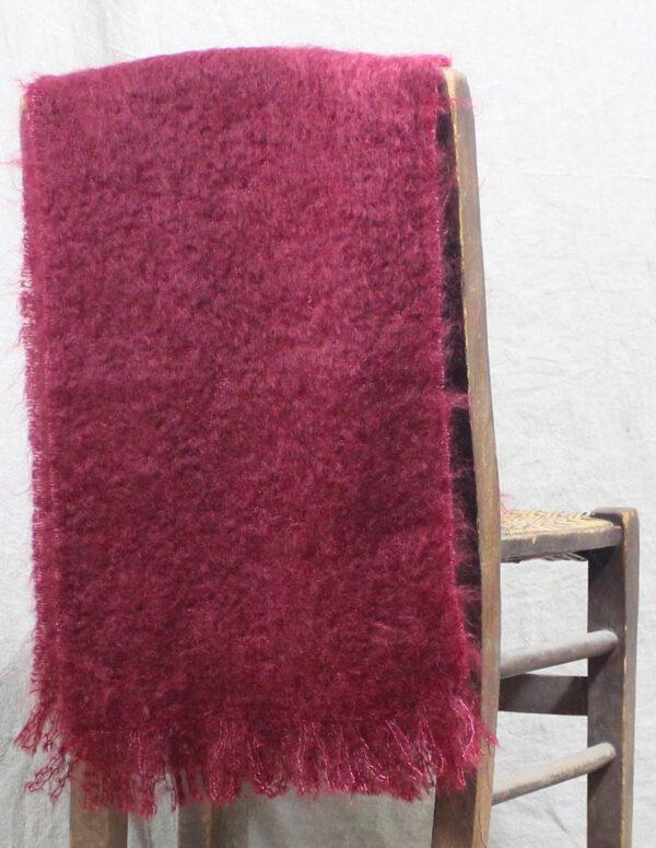 echarpes-tissees-mohair-soie-rouge-beaujolais-une-ferme-a-la-bassette-2