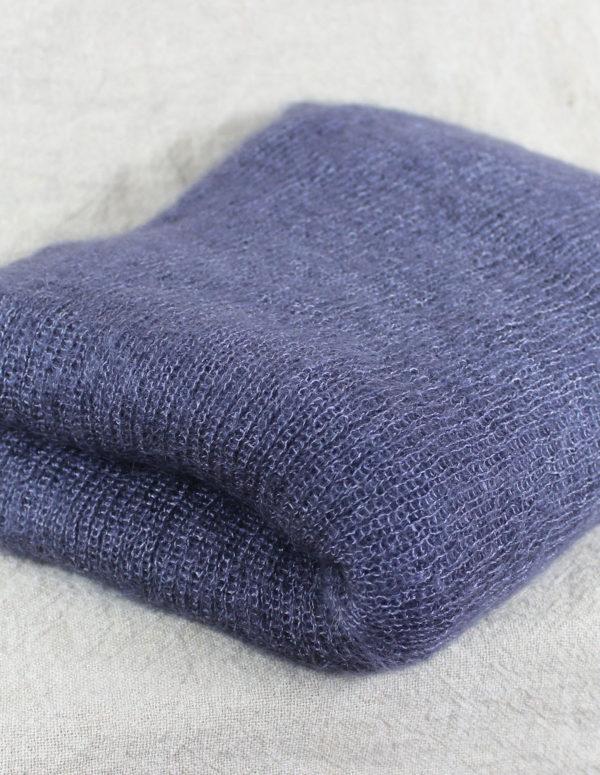 echarpes-tricotees-cote-mohair-soie-grise-ardoise-une-ferme-a-la-bassette-2