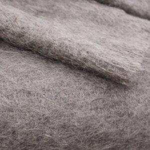 grand-plaid-mohair-chaud-marmotte-une-ferme-a-la-bassette